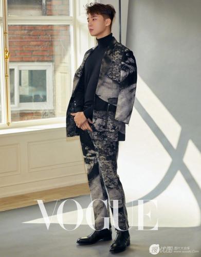 朴叙俊《VOGUE》杂志蜕变主题帅气有型写真图片