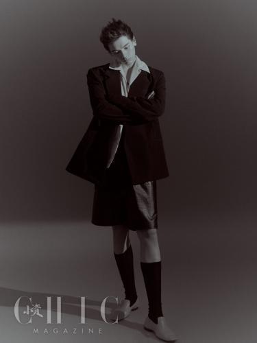帅气歌手姚弛杂志写真,多套服饰诠释潮男风尚
