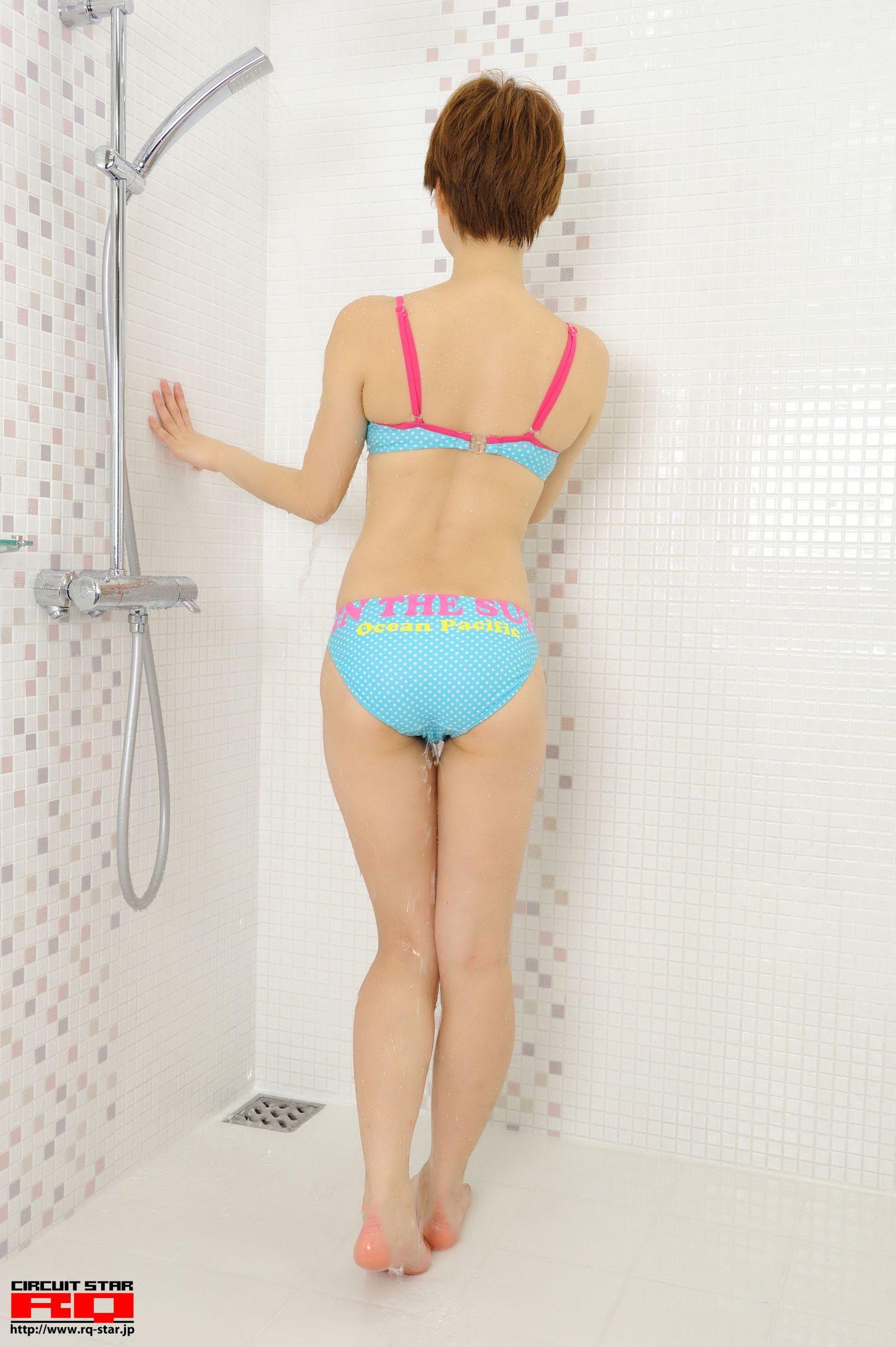 [RQ-STAR] NO.00490 Chika Hori 堀ちか Swim Suits 写真集1