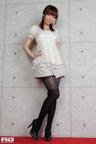 [RQ-STAR] NO.00599 Minori Yamaoka 山岡実乃里 Private Dress 写真集