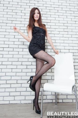 [Beautyleg] NO.882 腿模Vicni简晓育 美腿写真集