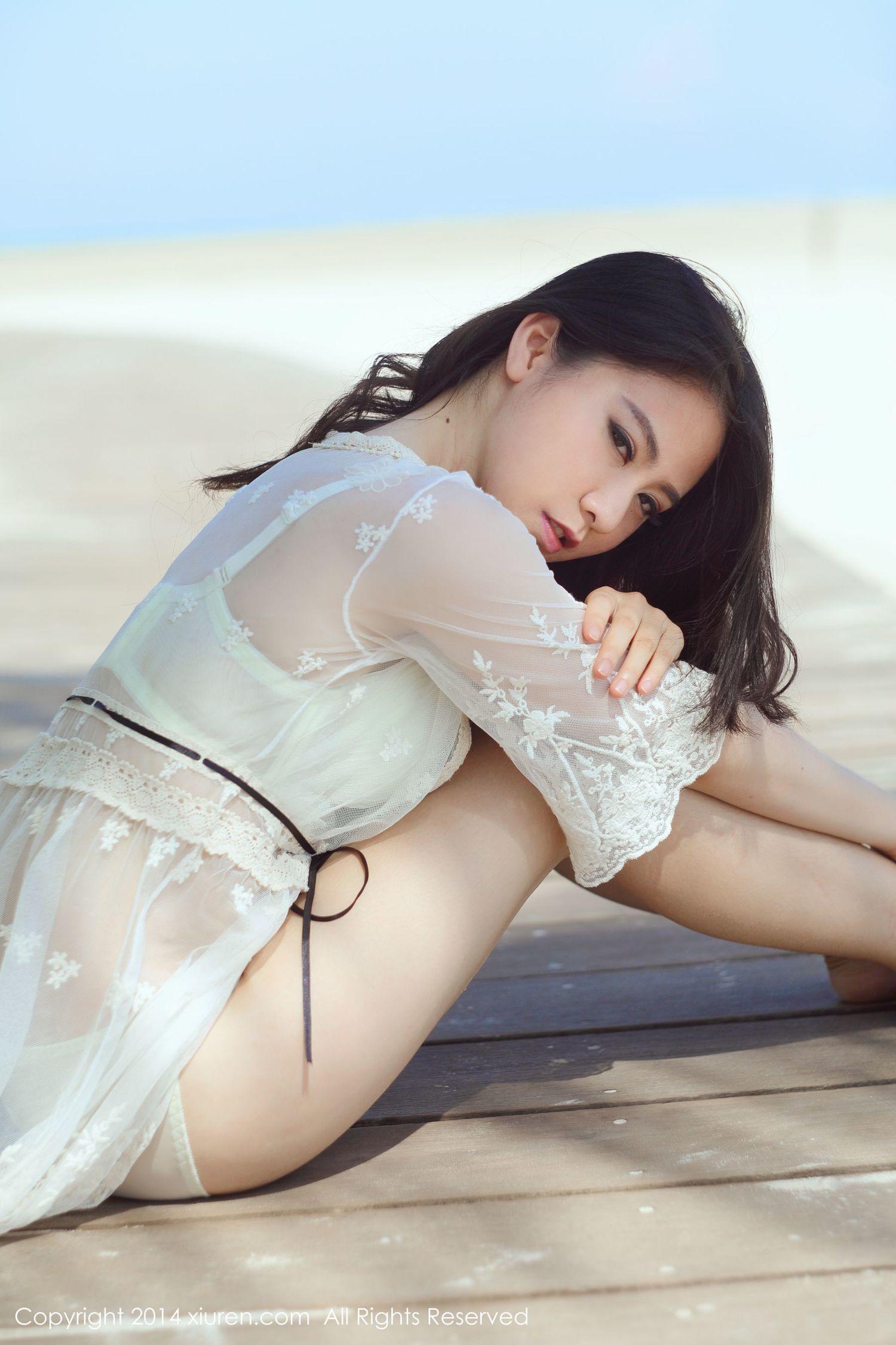 Sissi诗诗《户外海边+酒店室内混搭》 [秀人网XiuRen] No.160 写真集4