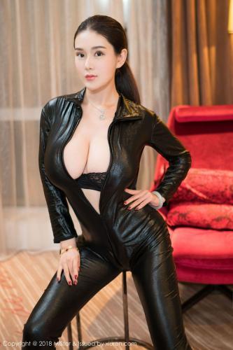易阳Silvia《美胸呼之欲出的新年大福利》 [魅妍社MiStar] VOL.211 写真集