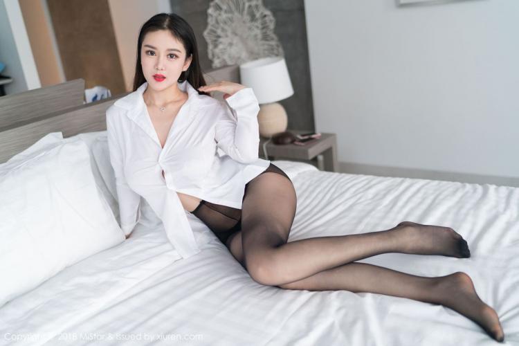 易阳Silvia《惹火黑丝诱惑》 [魅妍社MiStar] VOL.232 写真集