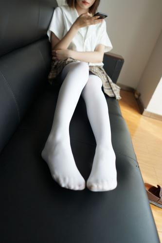 白丝格子裙萝莉少女 [森萝财团] [BETA-021] 写真集