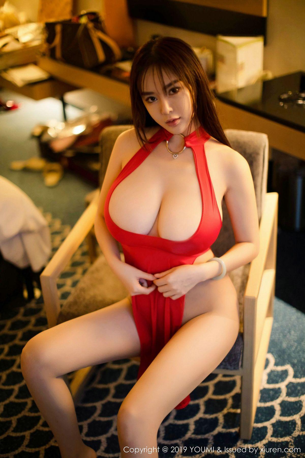 易阳Silvia《日本旅拍-窒息的诱惑》 [尤蜜荟YouMi] Vol.260 写真集1