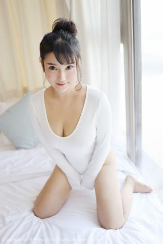小尤奈《清新的低胸内衣与比基尼》 [美媛馆MyGirl] Vol.342 写真集