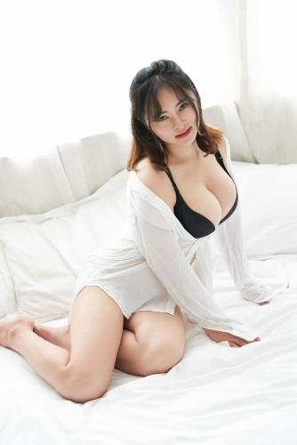 静香Mandy《童颜巨乳的天然甜美妹子》 [蜜桃社MiiTao] Vol.125 写真集