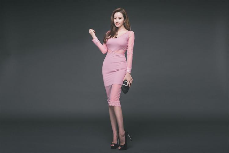 李妍静《韩国网红服装模特2》写真集