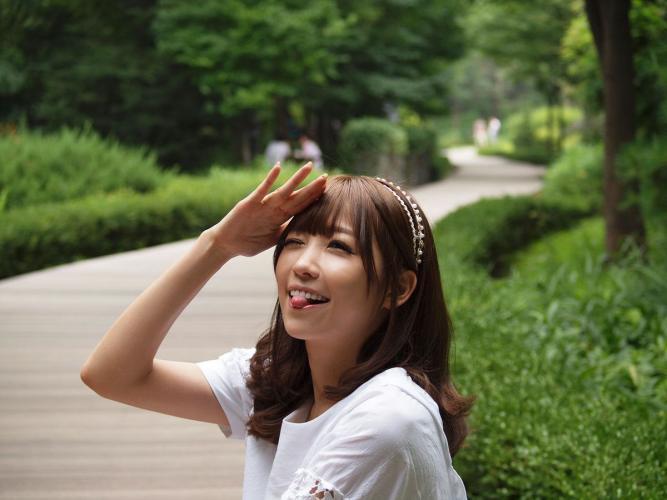 李恩慧《公园短裙外拍》 [韩国美女] 写真集