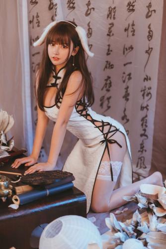 主播米线线sama《白色旗袍》 [COSPLAY少女] 写真集