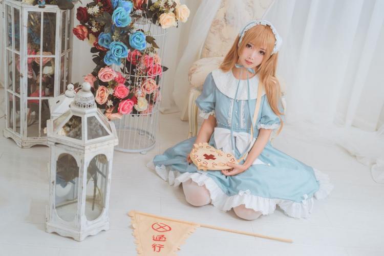 面饼仙儿《血小板lolita》 [福利COSPLAY] 写真集