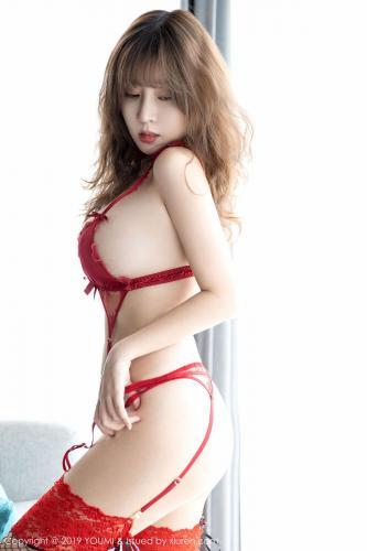 王雨纯《一结一系的风情蕾丝网袜》 [尤蜜荟YouMi] Vol.373 写真集