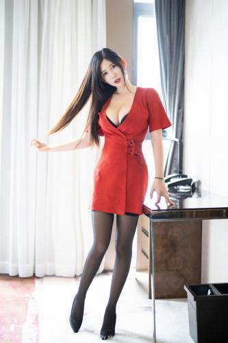 nova李雅《猩红的长裙+黑丝吊袜》 [语画界XIAOYU] Vol.166 写真集