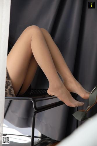 美子 《美子的豹纹短裙》 [异思趣向IESS] 写真集