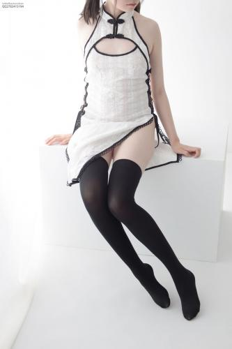 Aika《慵懒的旗袍》 高筒袜80D [森萝财团] JKFUN-035 写真集