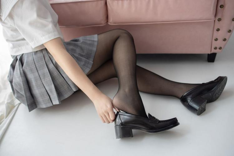 杪夏《15D黑丝》 [森萝财团] JKFUN-024 写真集