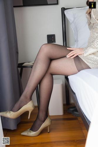 模特喵姐 《背后的秘密》 [异思趣向IESS] 美腿丝足写真集