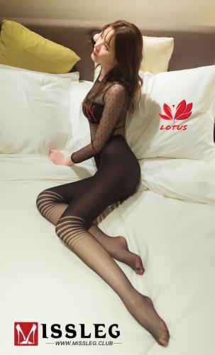 甜甜《丝袜美人+浴缸系列》 [蜜丝MISSLEG] M009 写真集