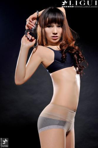 [丽柜美束LiGui] Model 晴晴《内衣镣铐系列》美腿丝足写真图片
