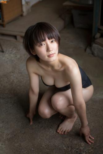 [Bomb.TV] 2014年10月号 Riho Yoshioka 吉冈里帆/吉岡里帆 写真集