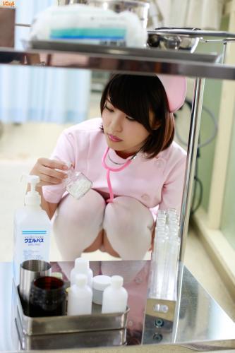 今野杏南、岸明日香《护士与病人的诱惑》 写真集 [Bomb.TV] 2013年09月号