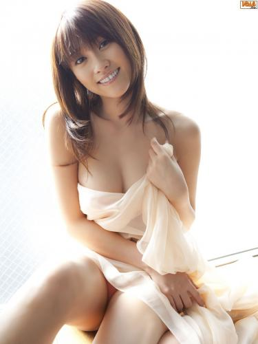 [Bomb.TV] 2009年05月刊 原干惠/原幹恵 Mikie Hara 写真集