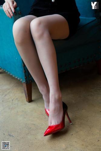 [IESS异思趣向] 模特:紫薇《蜜桃成熟时》 丝袜美腿写真集