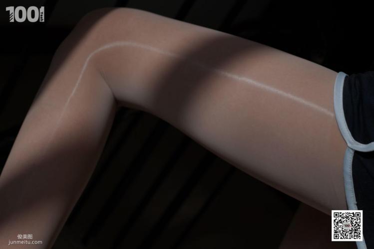 [IESS一千零一夜] 模特西瓜《拥抱阳光2》 写真集