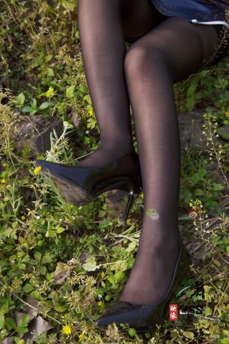 [丽丝映像GIRLISS] 琴子 《街巷黑丝旗袍》 写真集
