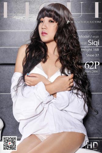 [丽柜Ligui] Model 司琪 《浴缸衬衫丝足》 写真集