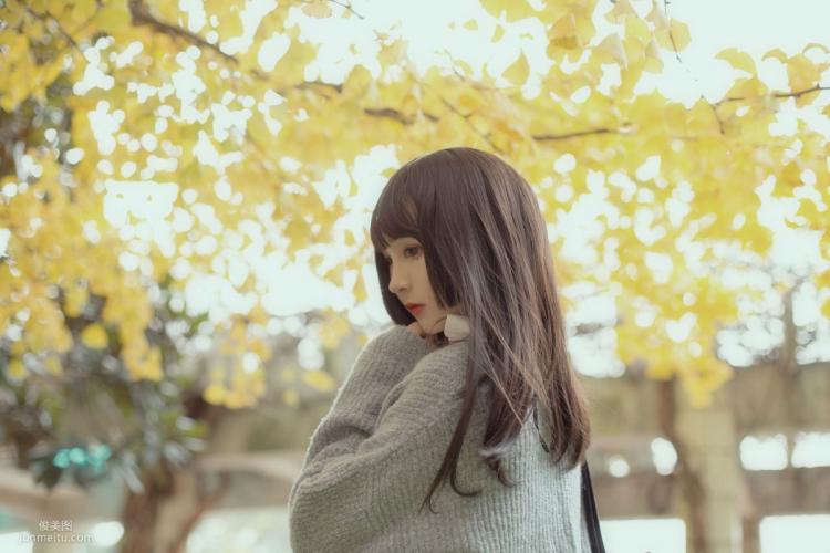 [Cosplay写真] 古川kagura - 银杏树下