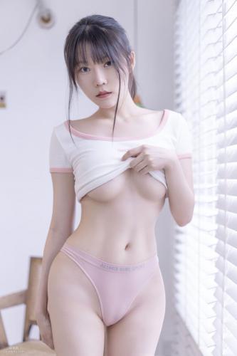 [COS福利] 香草喵露露 - 百叶窗