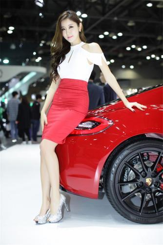 性感美女崔星雅2015韩国国际车展图片