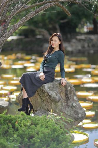 郭珉妏- 成熟女人写真之越穿越少