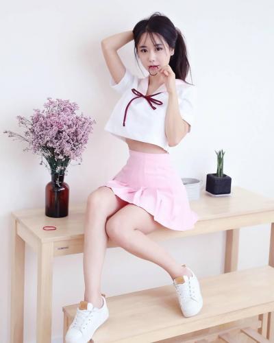 韩国外拍模特캔디 蜂腰翘臀极品身材