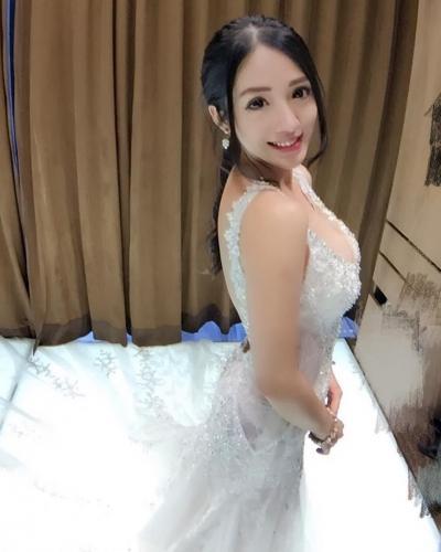 台湾正妹Go Go Jiang私房照