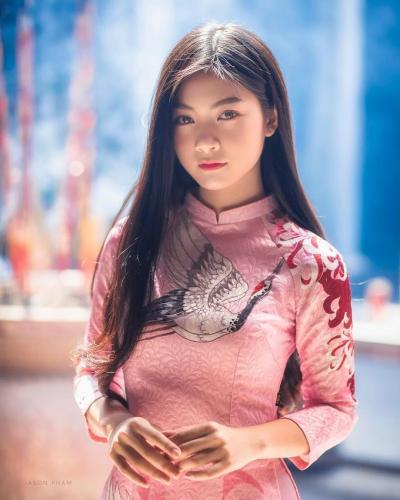 Nam Phuong- 越南好老婆vs青涩美少女