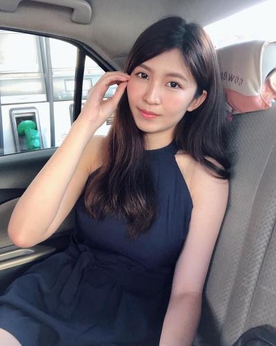 大马正妹李蔼蔚泳装照,爆好身材震惊网友
