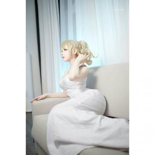 德国辣妹cosplayer「Saya」有如梦幻洋娃娃!