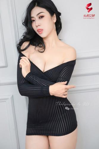[TouTiao头条女神] 蜜丝系列007 一组宫廷马甲复古风 语溪