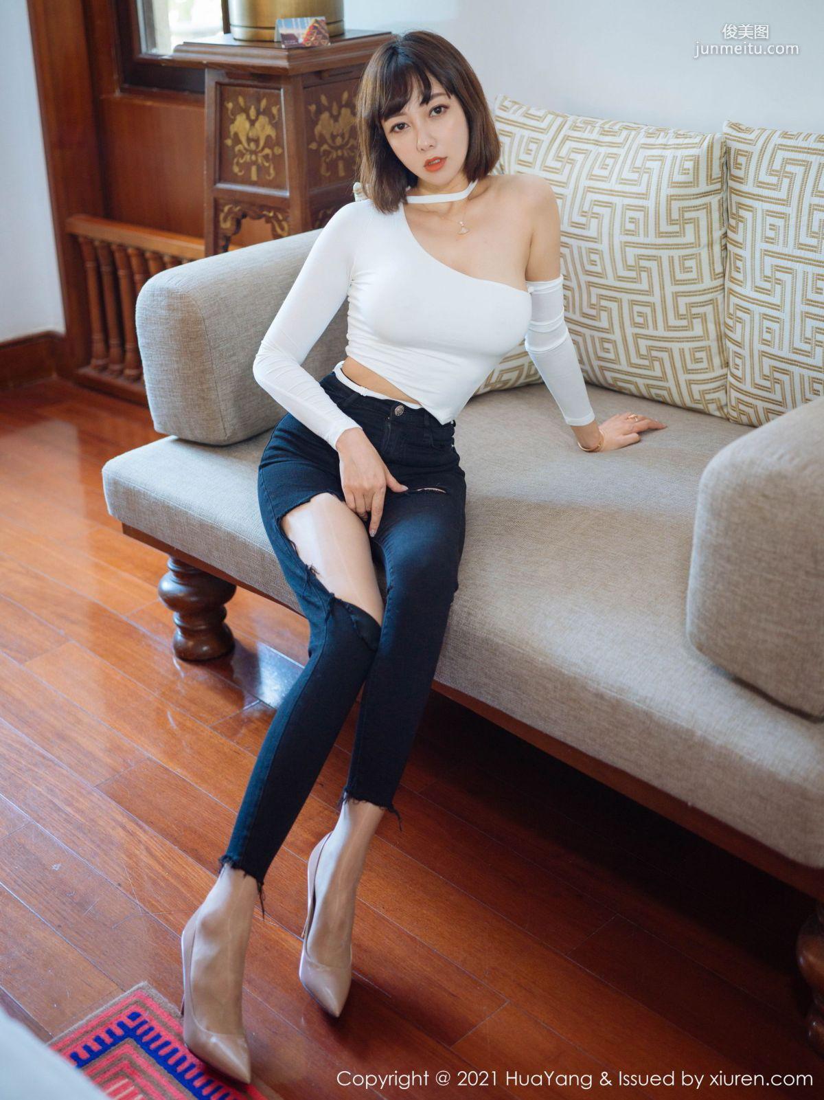 御姐美女果儿Victoria 独特的破洞牛仔裤