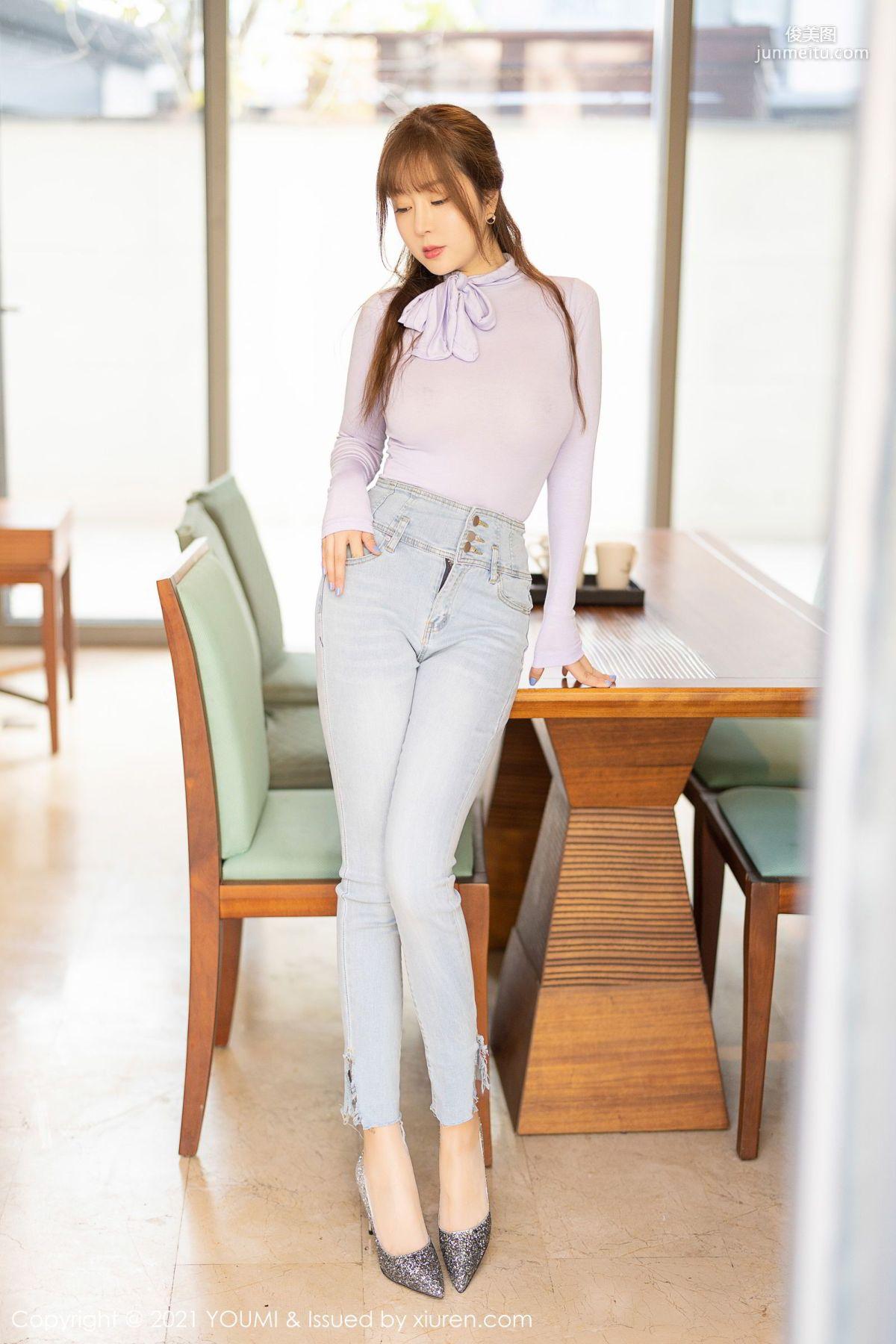 王雨纯轻熟气质 直爽的牛仔裤