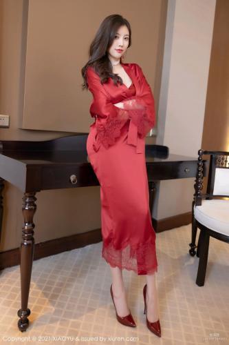 全民女神杨晨晨 艳丽猩红的吊裙